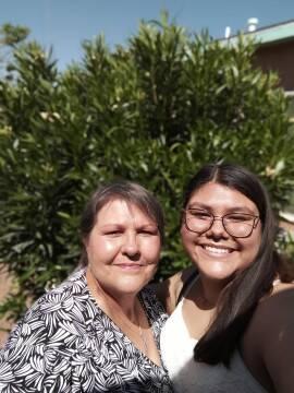 Rhonda with her daughter.